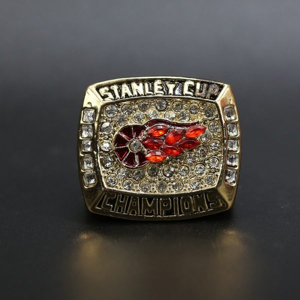 NHL Detroit Red Wings  Stanley Cup Championship Ring 1998 Steve Yzerman
