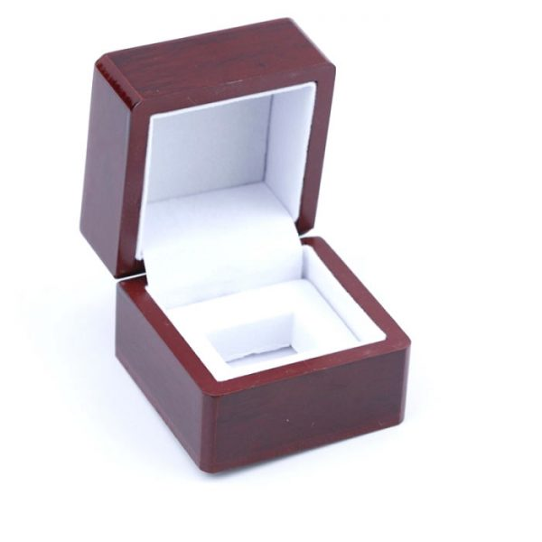 multi-size-wood-boxes-for-championship-rings-1a